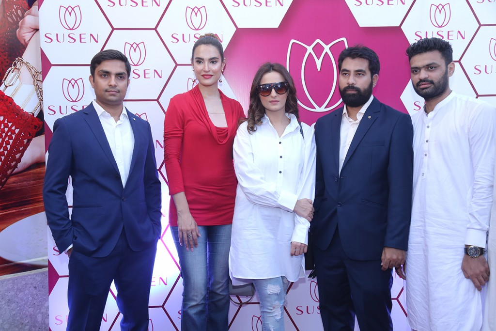 Star-studded with prominent celebs and models, as well as socialites, the opening was marked by a ribbon-cutting ceremony by the glamorous Nadia Hussain and celebrity appearance by Momal Sheikh.