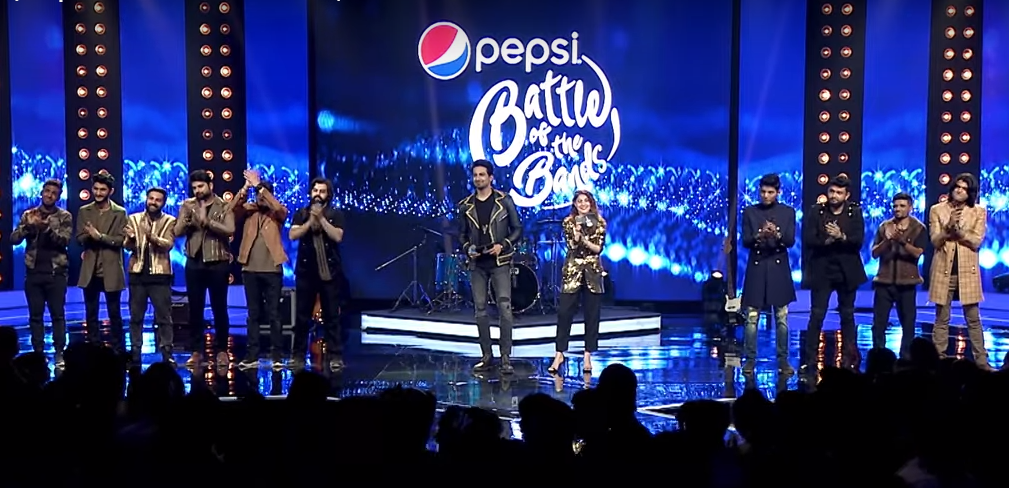 Finalists with hosts