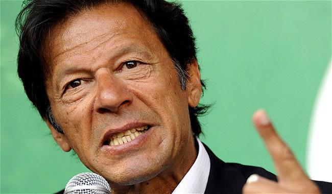 Imran warns govt of stiff opposition if NAB's powers clipped