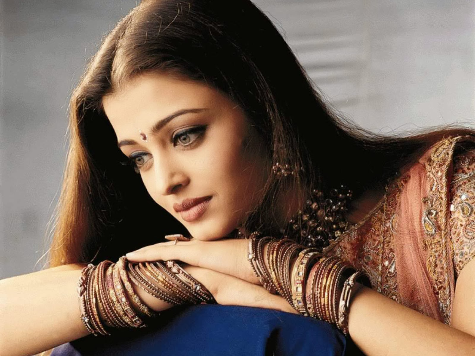 Birthday special: here is all that you need to know about Aishwarya Rai
