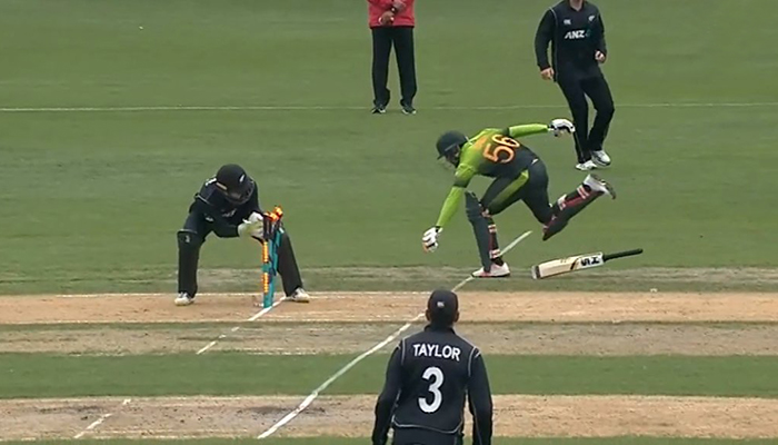 New Zealand beat Pakistan by 15 runs to seal series sweep